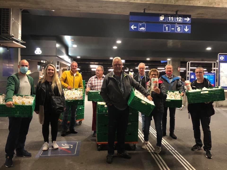 Erfolgreiche Gipfeli-Aktion am Bahnhof Dietikon