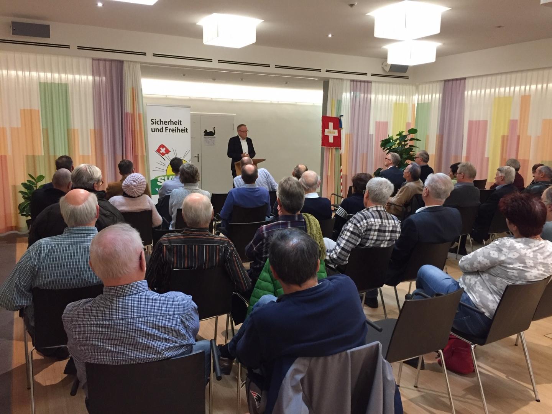 Gut besuchter Sessions-Apéro mit NR Egloff in Birmensdorf